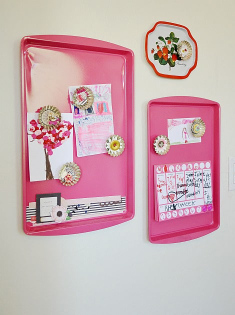 Adorable Idea for Kids' Art – Make Your Own Display Board
