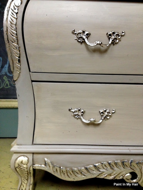 Refinish That Dresser Yourself – Beautiful DIY Idea for Old Furniture