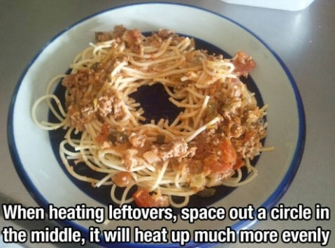 Leftover food heating lifehack - Top 68 Lifehacks and Clever Ideas that Will Make Your Life Easier