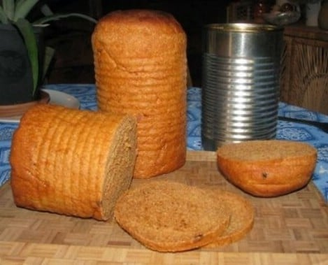 Tin Can Sandwich Bread Recipe - Top 33 Most Creative Camping DIY Projects and Clever Ideas