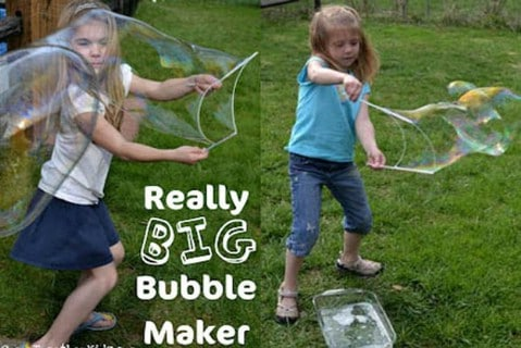 DIY Really Big Bubble Maker - 35 Summery DIY Projects And Activities For The Best Summer Ever