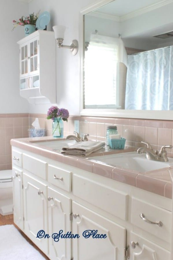 How To Update A Bathroom - 30 Brilliant Bathroom Organization and Storage DIY Solutions