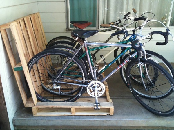 Make a Pallet Bike Rack - 49 Brilliant Garage Organization Tips, Ideas and DIY Projects