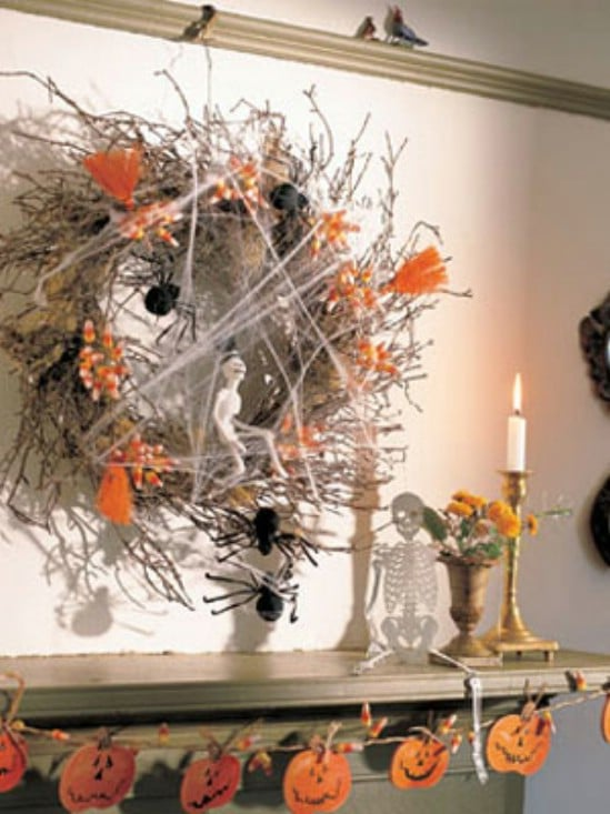 Halloween Wreath - 40 Easy to Make DIY Halloween Decor Ideas