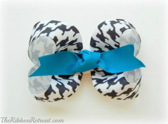 Twisted Boutique Bow - 30 Fabulous and Easy to Make DIY Hair Bows
