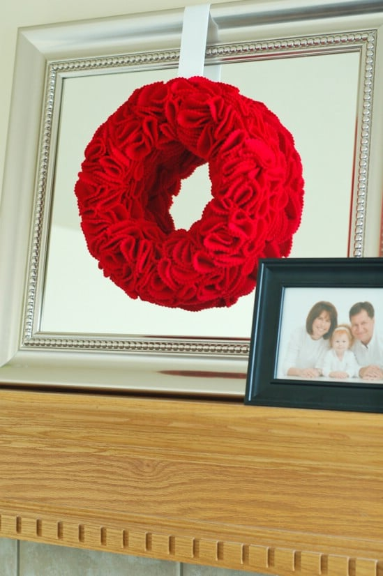 Felt Halloween Wreath - 40 Easy to Make DIY Halloween Decor Ideas