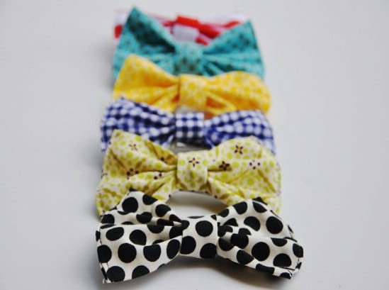 Classic Bow Made from Scrap Fabric - 30 Fabulous and Easy to Make DIY Hair Bows