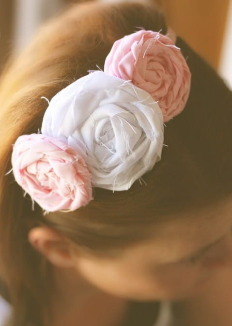 No-Sew Flower Headband - 30 Extremely Creative No-Sew DIY Projects