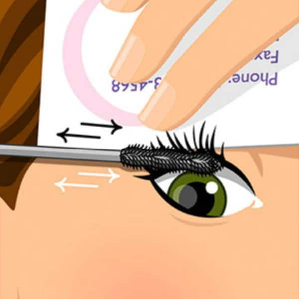 Use a Business Card to Apply Mascara - 40 DIY Beauty Hacks That Are Borderline Genius
