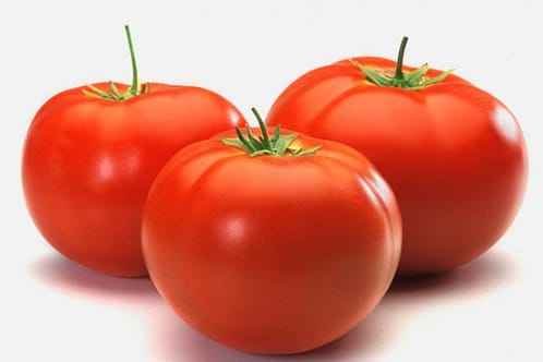 Store Tomatoes in Paper Bags - 40 DIY Tricks To Make Your Groceries Last As Long As Possible