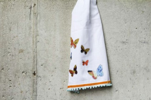 Paint Your Dishtowels - 20 of the Most Adorable DIY Kitchen Projects You've Ever Seen