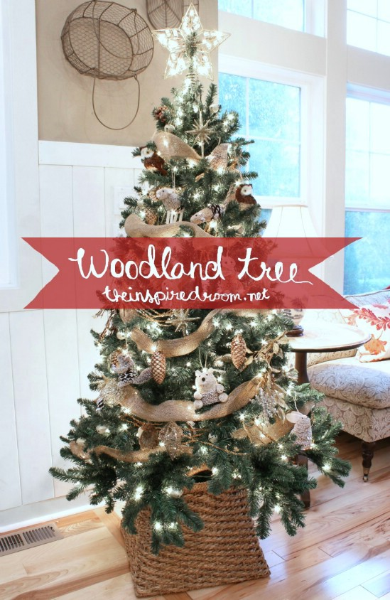 Woodland Theme - 30 Stunning Ways to Decorate Your Living Room This Christmas
