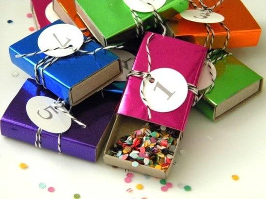 Countdown Boxes Filled with Confetti - 28 Fun and Easy DIY New Year's Eve Party Ideas