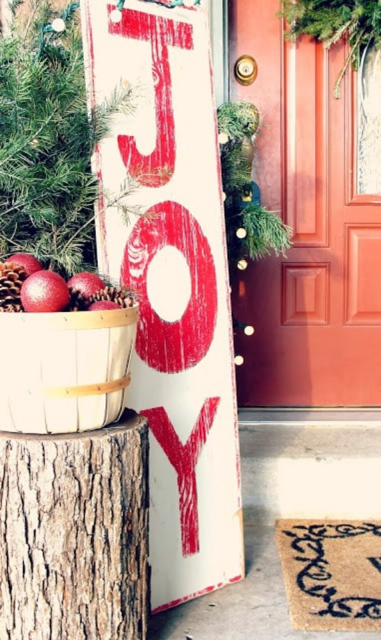 Make Your Own Signs - 60 Beautifully Festive Ways to Decorate Your Porch for Christmas