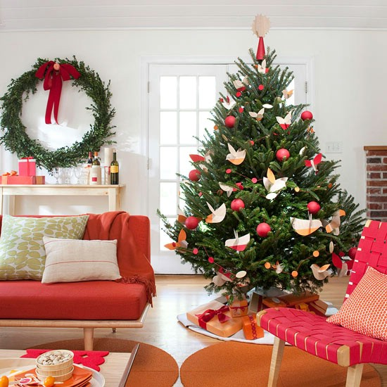 Citrus Colors - 30 Stunning Ways to Decorate Your Living Room This Christmas