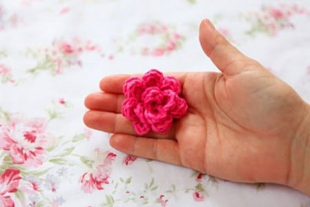Crochet Roses - 30 Super Easy Knitting and Crochet Patterns for Beginners