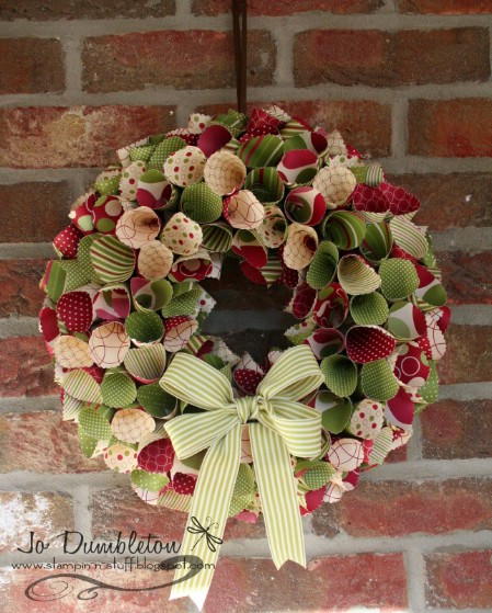 Wrapping Paper Wreath - 40 Creative DIY Easter Wreath Ideas to Beautify Your Home