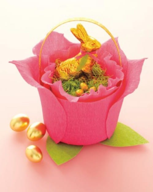 Crepe Paper Baskets - 80 Fabulous Easter Decorations You Can Make Yourself