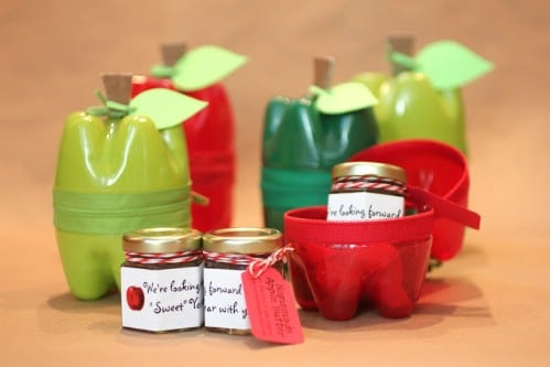 Apple Containers - 20 Fun and Creative Crafts with Plastic Soda Bottles