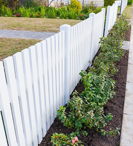 Have A White Pickett Fence - 150 Remarkable Projects and Ideas to Improve Your Home's Curb Appeal