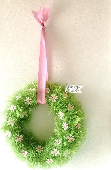 Baby Grass Wreath - 40 Creative DIY Easter Wreath Ideas to Beautify Your Home