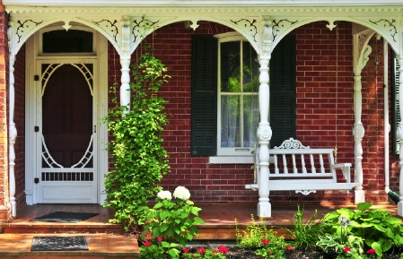 Paint The Steps - 150 Remarkable Projects and Ideas to Improve Your Home's Curb Appeal