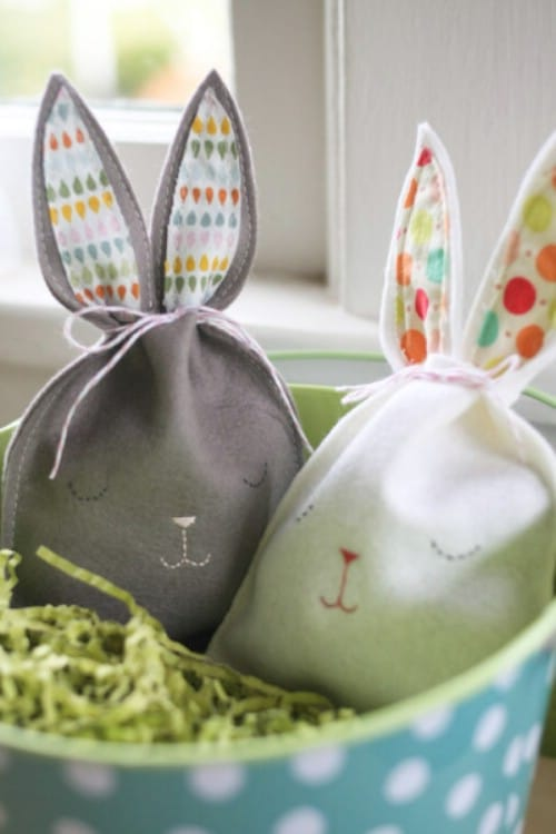 Sleepy Bunny Goody Bags - 80 Fabulous Easter Decorations You Can Make Yourself