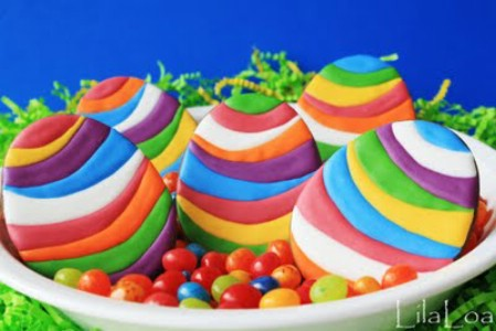 Colored Eggs Cookies - 100 Easy and Delicious Easter Treats and Desserts