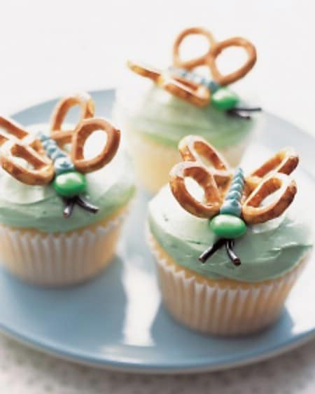 Butterfly Cupcakes - 100 Easy and Delicious Easter Treats and Desserts