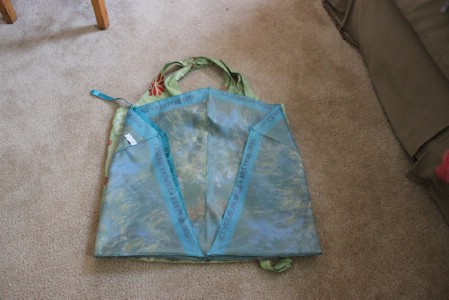 Make a Reusable Bag from Broken Umbrellas