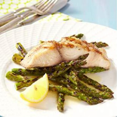 Grilled Mahi-Mahi with Asparagus