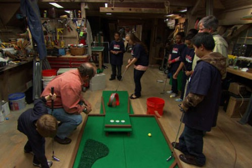 Turn Your Backyard Into a Miniature Golf Course