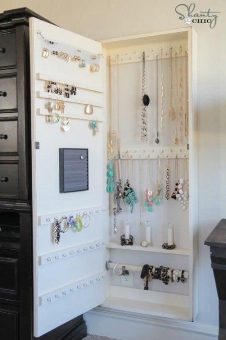 Hideaway Jewelry Storage