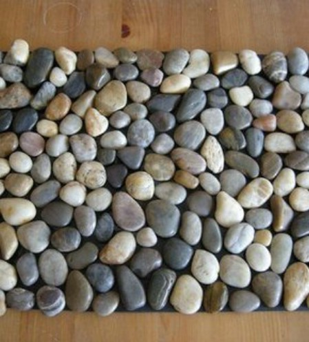 DIY Pebble Bath Mat