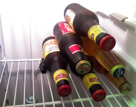 Keep Refrigerated Drinks in Place