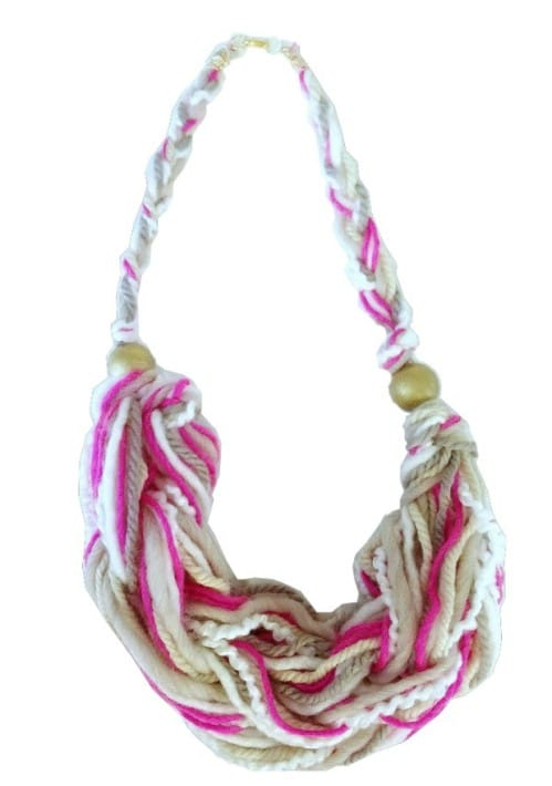 An Arm Knitting Necklace!