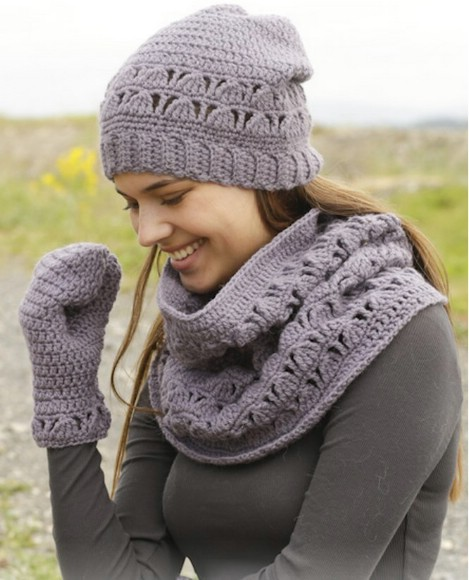1932d693c48 26 Cozy DIY Infinity Scarves With Free Patterns and Instructions ...