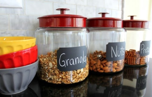 Chalkboard labels for containers.