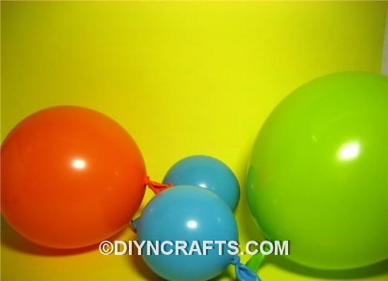 step-2-blow-3-balloons