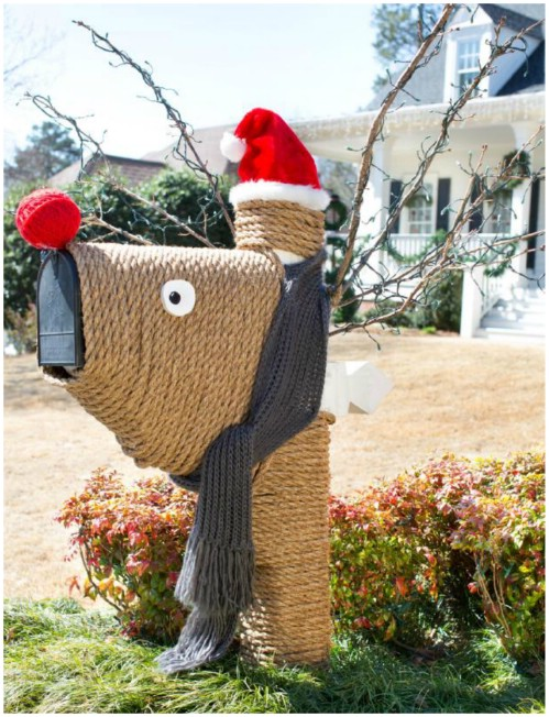 Reindeer Mailbox - 20 Magical DIY Christmas Home Decorations You'll Want Right Now