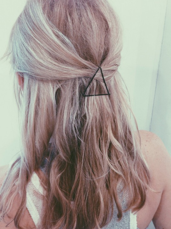 Triangle - 21 Unexpectedly Stylish Ways to Wear Bobby Pins