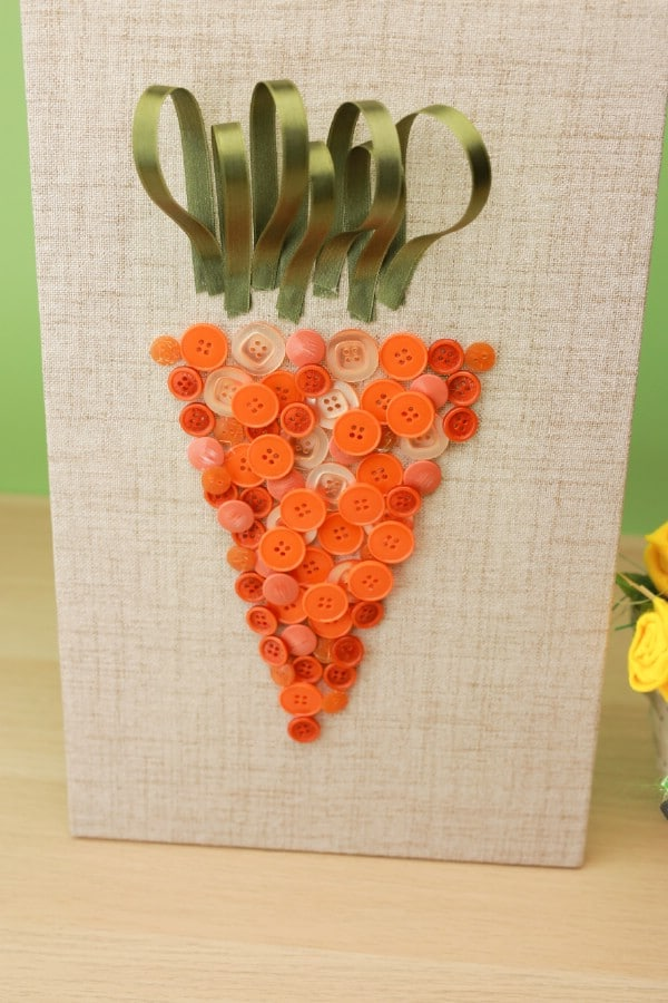 DIY Easter Carrot Button Art