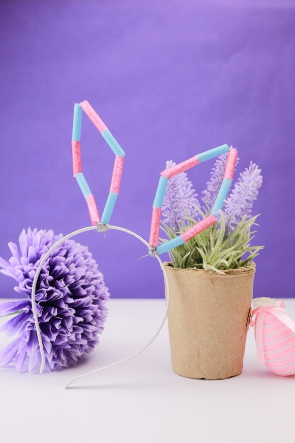 Adorable DIY Colorful Straw Bunny Ears