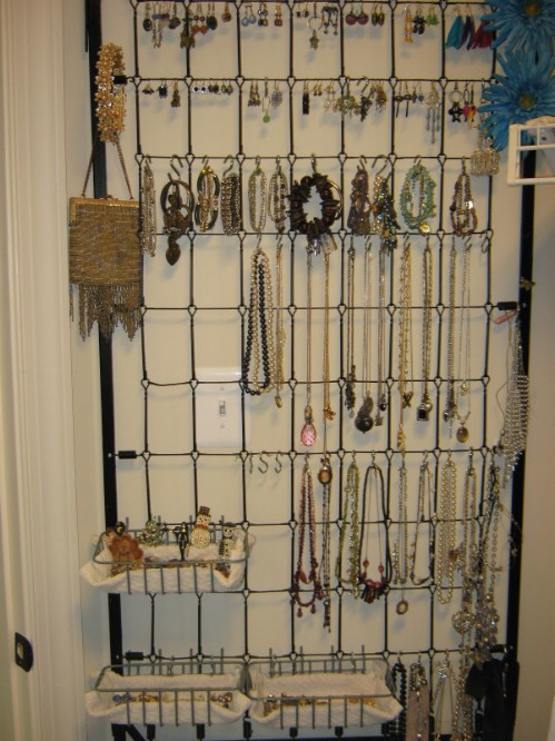 Jewelry Organizer - 20 Delightfully Creative and Functional Ways to Repurpose Old Cribs