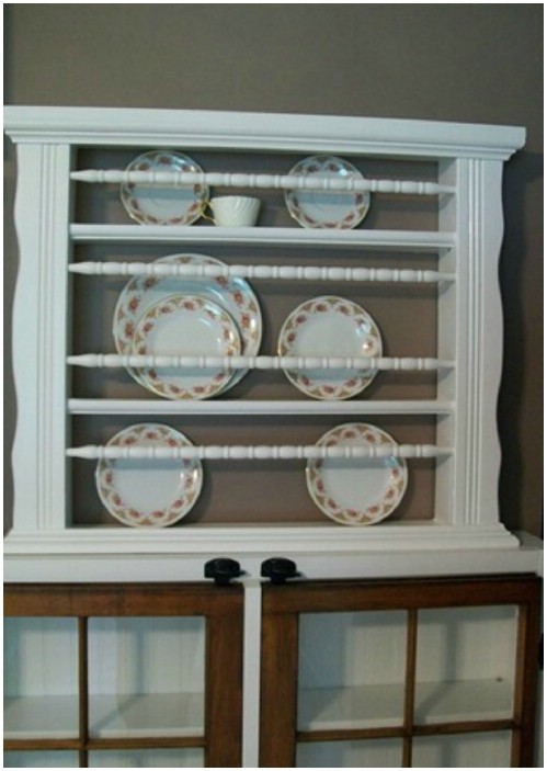Plate Rack - 20 Delightfully Creative and Functional Ways to Repurpose Old Cribs