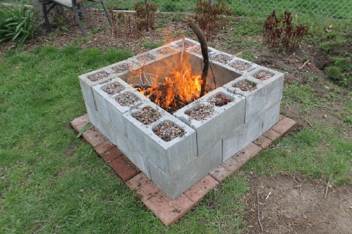 Fire Pit - 17 Creative Ways to Use Concrete Blocks in Your Home