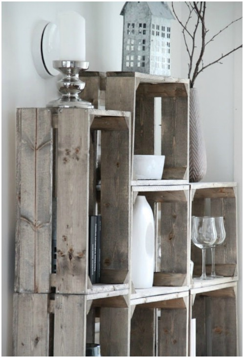 More rustic crate shelves - 50 Decorative Rustic Storage Projects For a Beautifully Organized Home