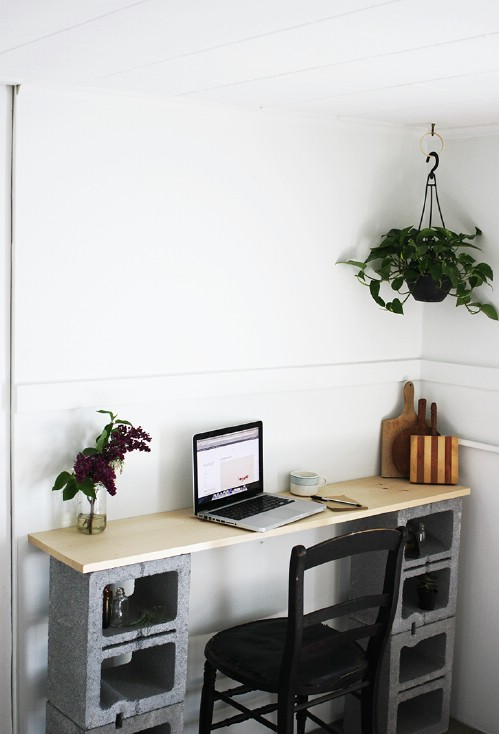 Work Desk - 17 Creative Ways to Use Concrete Blocks in Your Home