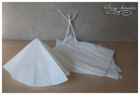 Step 5 - How to Make Dancing Ballerinas from Wire and Napkins