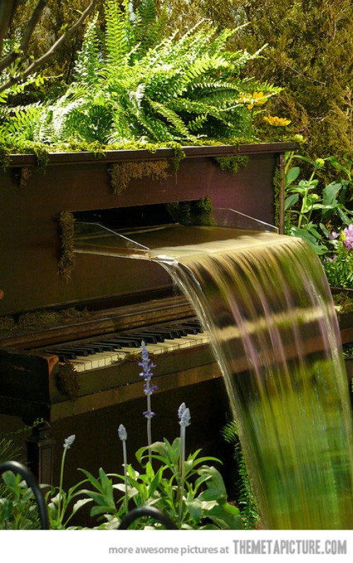 Piano Fountain